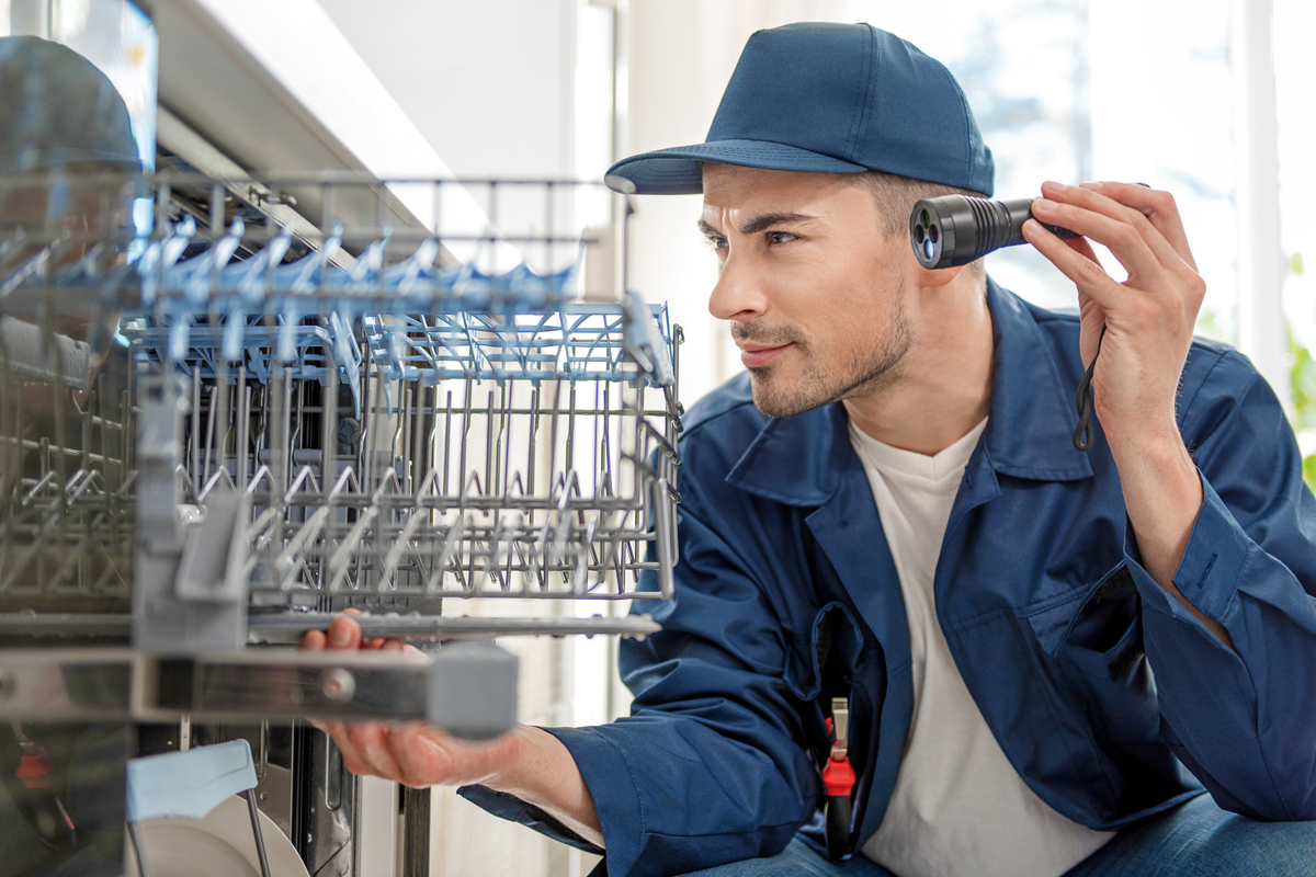 Tips On Troubleshooting a Home Dishwasher Repair Issues